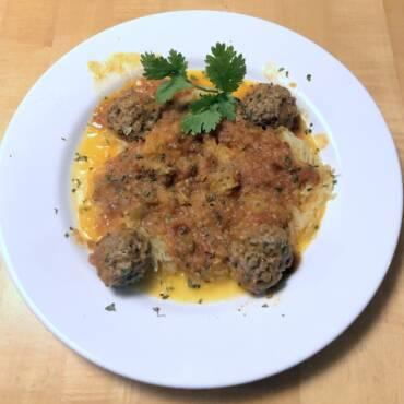 Spaghetti (squash) and Meatballs in Tomato Sauce